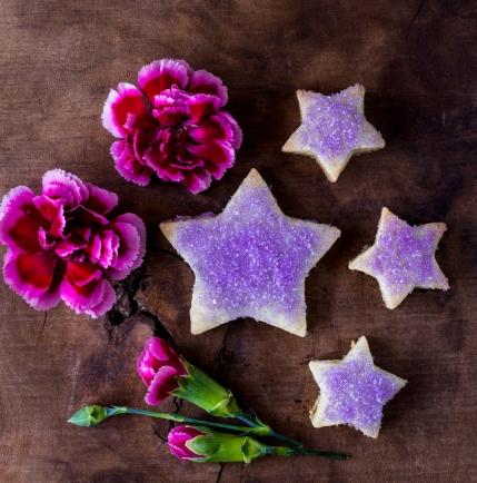 lavender-shortbread-cookies_smalll-credit-sara-ghedina-2.jpg